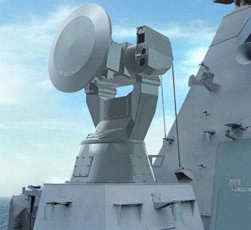 Unit sensor dan radar penjejak untuk Millenium.