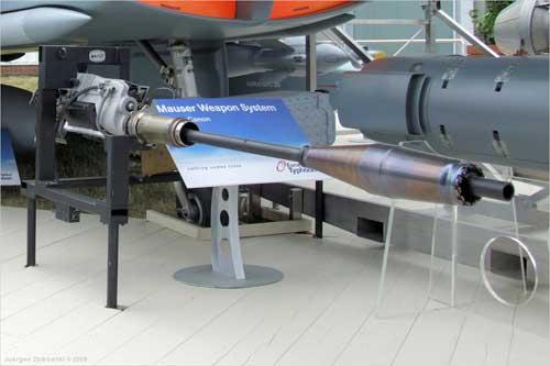 Mauser BK-27 di Typhoon.