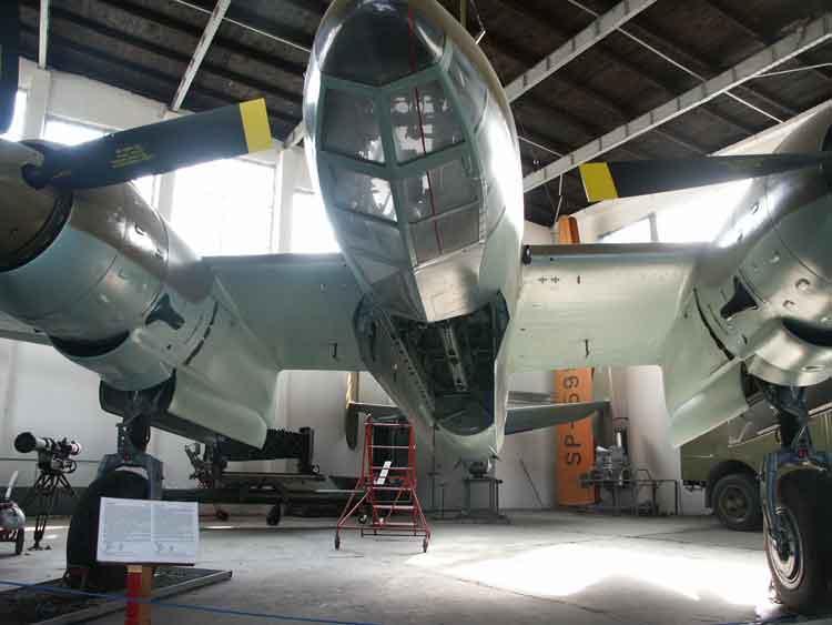 Ruang internal bomb (bombay) di Tu-2.