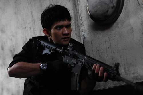"""HK416 juga tampil dalam film """"The Raid 2."""""""