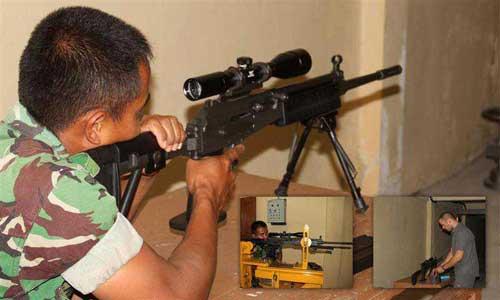 Prajurit TNI dengan Galil 99R.