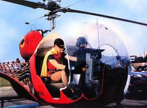 """Pernah digunakan sebagai """"Batcopter"""" dalam film Batman klasik."""