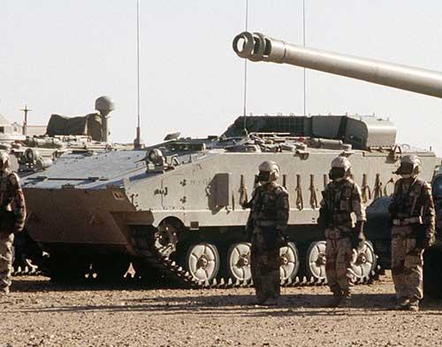 Ikut aktif dalam ajang Perang Teluk.