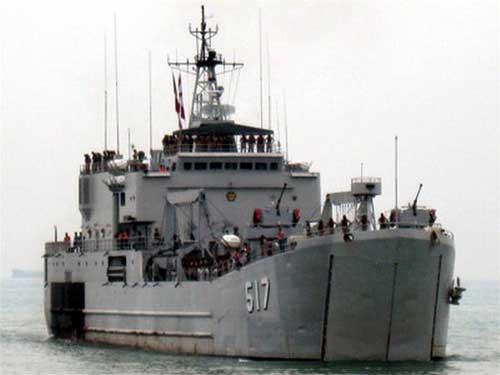 KRI Teluk Ende 517.