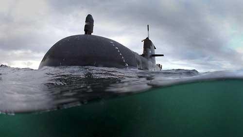 680357-collins-class-submarine-hmas-waller
