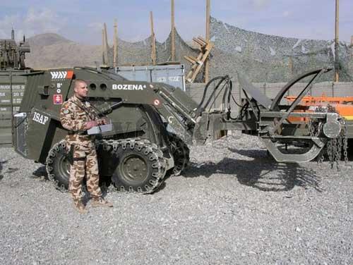 Bozena 4 berlaga di Afghanistan.