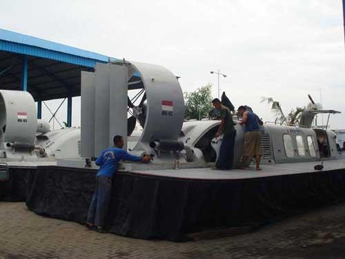 hovercraft-TNI-AL