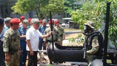 Wahana DPD Kopaska TNI AL saat diperlihatkan dihadapan Menhan Ryamizard Ryacudu di Pondok Dayung.