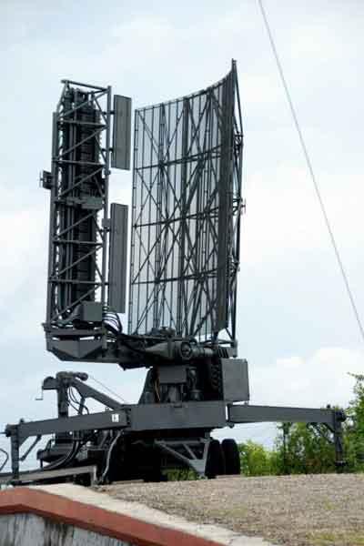 Radar Thomson TRS 2215.