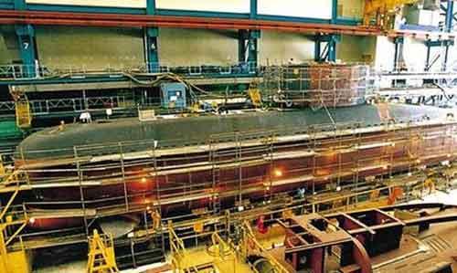 Fasilitas pabrik kapal selam DSME di Korea Selatan.
