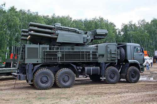 New_Pantsir_S-2_mobile_gun-missile_air_defense_system_will_enter_in_service_with_Russian_Army_640_001