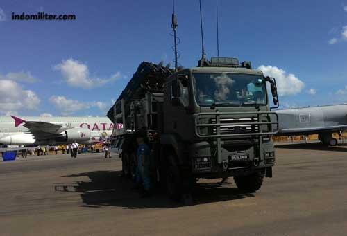 Peluncur Spyder dengan truk MAN 6x6 di ajang Singapore Airshow 2016.