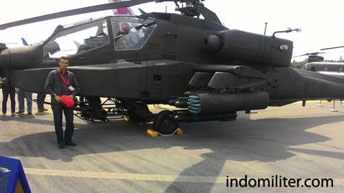AH-64 Apache Longbow Singapura.