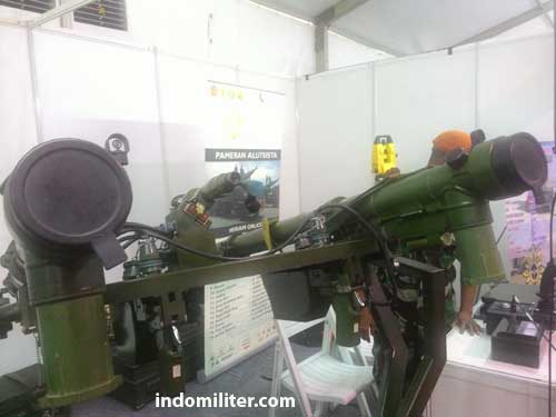 Close up QW-3 twin launcher.