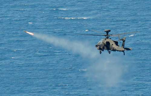 army-apache-helicopter-hellfire-missile-at-sea