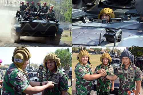 Tampak dalam foto helm TSH-4M berwarna coklat. Warna coklat biasa digunakan oleh awak tank AD Rusia.