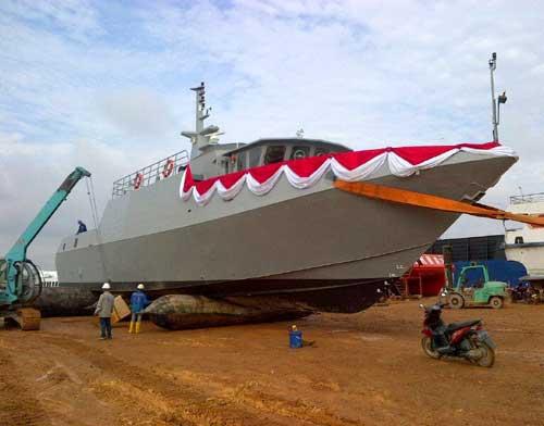 Kapal-Patroli-Cepat-(KPC)-PT-AIU