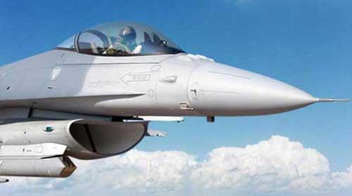 F-16 AU Pakistan menggunakan Sniper ATP.
