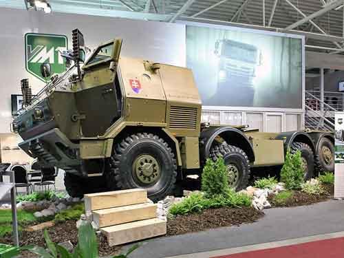 VYVOJ Martin juga menawarkan Tatrapan 8x8.