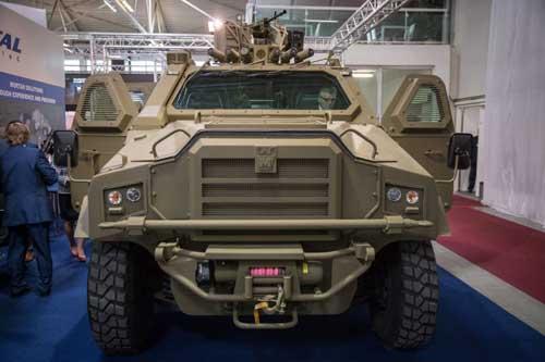 veltrh-obrannej-techniky-ideb-2016