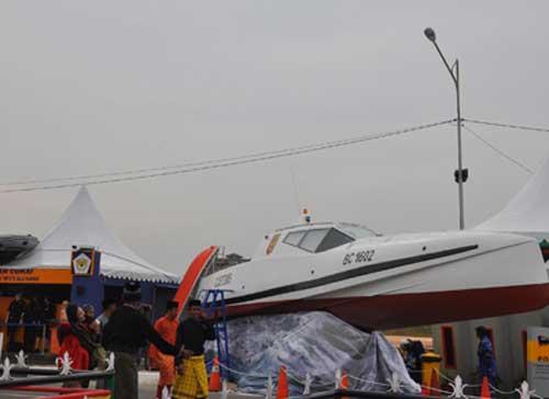 KARIMUN-Kantor-Wilayah-Khusus-Direktorat-Jendral-Bea-Dan-Cukai-Kepulauan-Riau-memamerkan-kapal-patroli-super-jenis-VSV-buatan